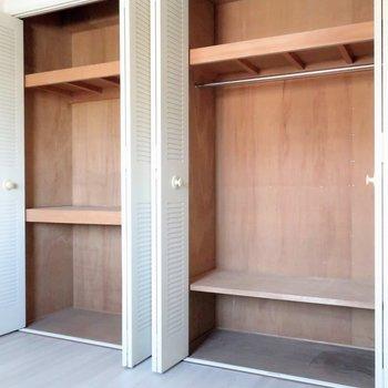 【洋室4.9帖】収納はこのお部屋が大容量!