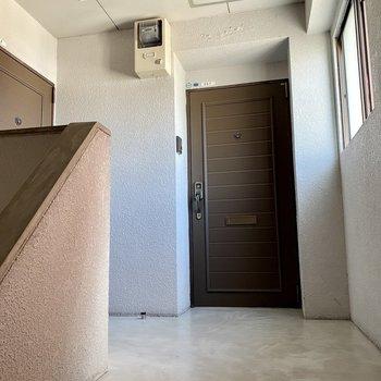 ワンフロアに2部屋です。広さはほどよい感じ。