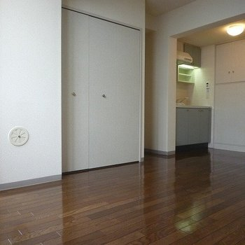 若林アパートメント 308号室