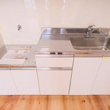 キッチンはこちら。お好きなコンロをお選びいただけます!