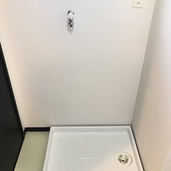 小窓発見・・!(※写真は2階の同間取り別部屋のものです)