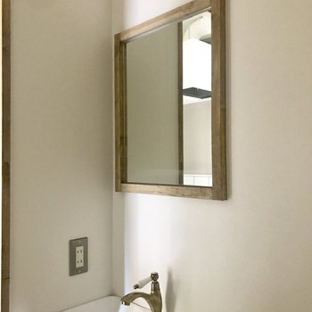 無駄なものは置きません!洗面の上の照明が抜群に可愛い