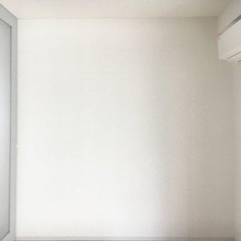 こちらが奥側の寝室。※写真は前回募集時のものです
