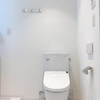 おトイレは脱衣所に。※写真は前回募集時のものです