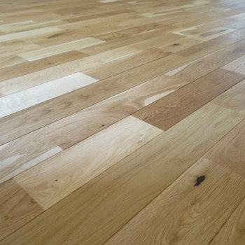 【イメージ写真】丈夫で高級感のあるオークの無垢床