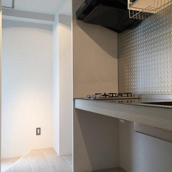 広めのスペース。※写真は5階の反転間取り別部屋です。