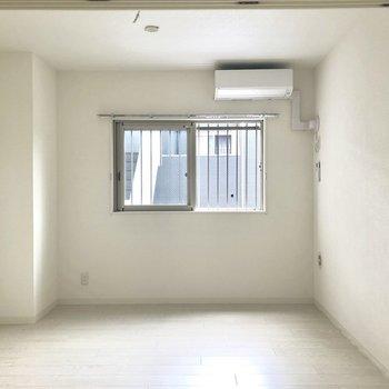 キッチンの正面の1部屋、