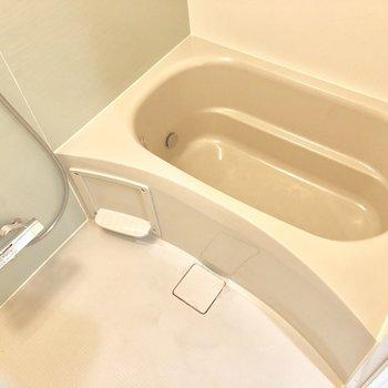お風呂はコンパクトめに。