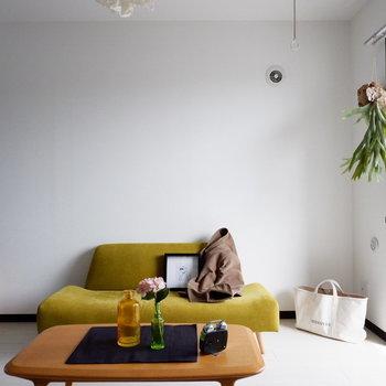 インテリア次第で雰囲気も変わりますね。※家具はサンプルです