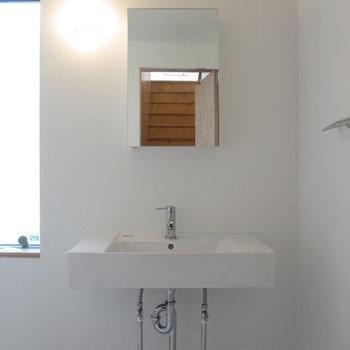 独立洗面台はスタイリッシュです。※写真は前回募集時のものです