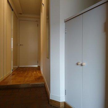 玄関部にはシューズボックスあり ※写真は別部屋同間取りです
