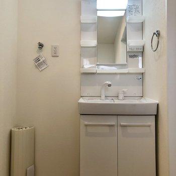 嬉しい独立洗面台ですよ