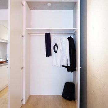 大きな収納も嬉しいポイント♪※写真は5階の同間取り別部屋のものです。
