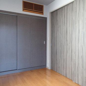 扉を閉めるとこんな感じ。※写真は8階の同間取り別部屋のものです