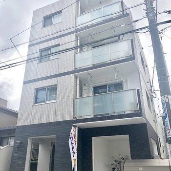 新築ですよ〜!