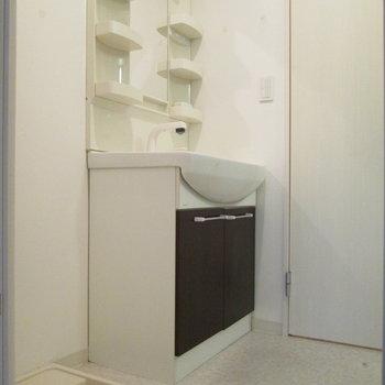 脱衣所です。室内洗濯機置き場。※写真は前回募集時のものです