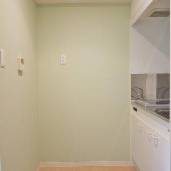 大き目の冷蔵庫置けます。※写真は6階の同間取りのもの