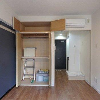 お掃除用具が入ってますが収納こんな感じです※写真は3階の同間取り別部屋のものです
