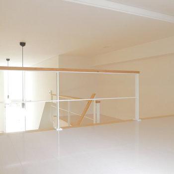 ロフトは全体で7㎡ほど。※写真は1階の反転間取り別部屋のものです。