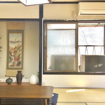 【2階】床の間付きの本格的な和室。