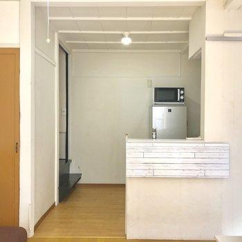 【1階】対面キッチン。