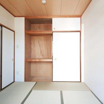 押入れも味のある雰囲気〜!広々使えて嬉しいな。※写真は2階の同間取り別部屋のものです