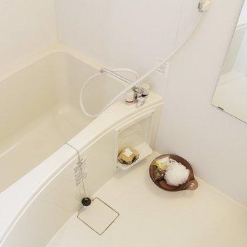 浴槽もひろくてゆったりできそう〜※写真は前回募集時のものです