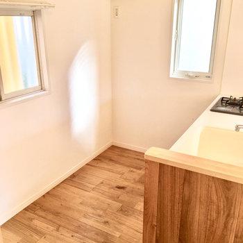 このキッチンのスペース感、贅沢。