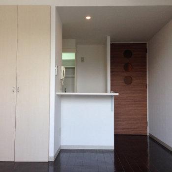 シンプルな1ルーム※写真は別部屋です。