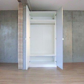 収納もあります!※写真は3階の同間取り別部屋のものです。