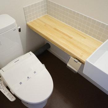 【イメージ】新品トイレに洗面台も併設※もう少し奥行きのある洗面台になります