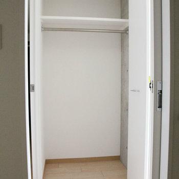 しっかり1人分。※写真は4階の同間取り別部屋のものです。