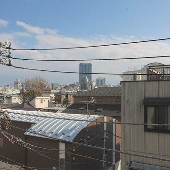 4階からの眺め。※写真は4階の同間取り別部屋のものです。