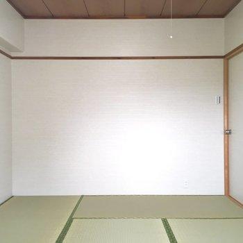 やっぱり和室が居心地いい。
