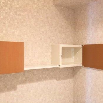 トイレ内の棚がお洒落です!
