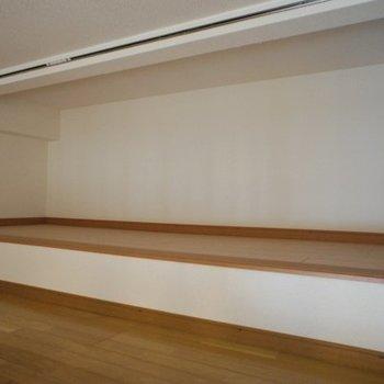 ロフト※写真は同階反転間取り別部屋のものです