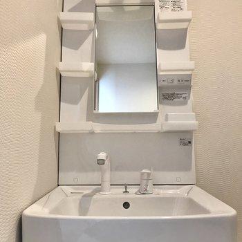 独立洗面台ももちろんおニュー!