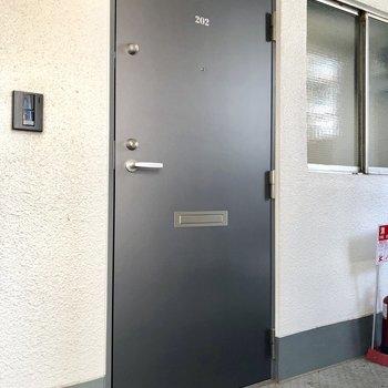 ドアの文字までこだわっています!