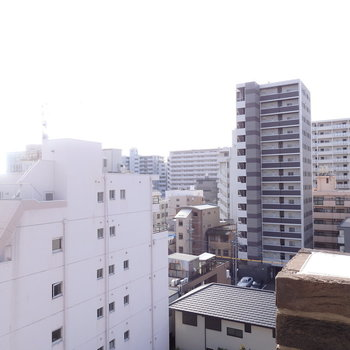 ※写真は8階眺望。3階なので眺望は低くなります。