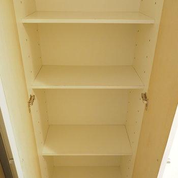 シューズボックスも可動棚になっていて使いやすいです◎