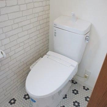 トイレのクロスも洒落てる◎