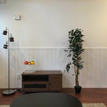 テレビを置いてのんびり。※写真は1階の反転間取りの別部屋です。