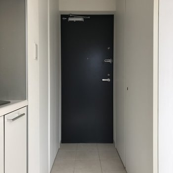玄関はフラットアプローチ。