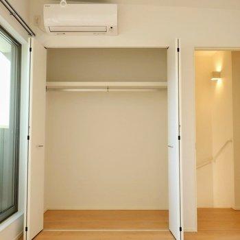 【洋室7帖】奥行きしっかり。※写真は別棟の同間取り別部屋のものです