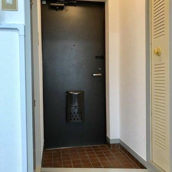 玄関は、靴を置きっぱなしにしても大丈夫