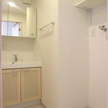 家具の統一感が良いですね。※写真は4階の同間取り別部屋のものです。