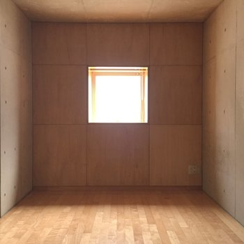シンメトリー※写真は1階の同間取り別部屋のものです