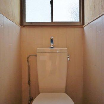 窓付きのおトイレ