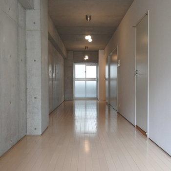 僕が廊下に住むワケ