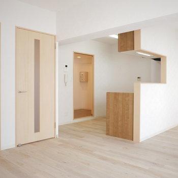 大きなキッチンと開放空間